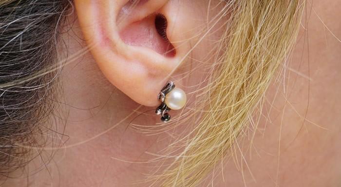dermatite orecchio