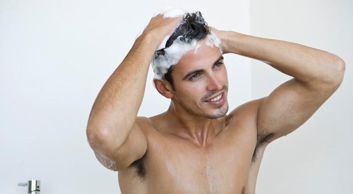 dermatite sebarroica del cuoio capelluto come lavare i capelli v2